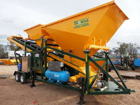Thomas Top of the Range Mobile Batching Plant - picture0' - Click to enlarge