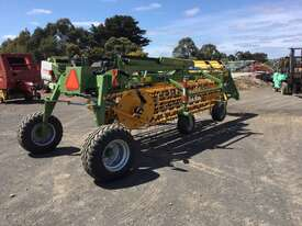 Elho V-Twin 750 Rakes/Tedder Hay/Forage Equip - picture2' - Click to enlarge