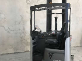 Reach Truck 7m Lift Height Nissan UMS Low Hours Battery Electric - picture10' - Click to enlarge