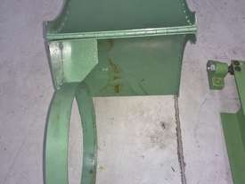 SAFETY GUARDS FOR LATHES - picture2' - Click to enlarge