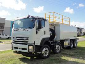 ISUZU 8X4 WATER TRUCK WT18000 - picture0' - Click to enlarge