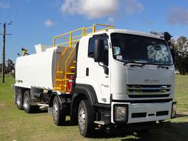 ISUZU 8X4 WATER TRUCK WT18000 - picture17' - Click to enlarge
