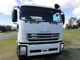 ISUZU 8X4 WATER TRUCK WT18000 - picture5' - Click to enlarge