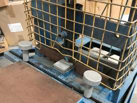 Pneumatic press - picture1' - Click to enlarge