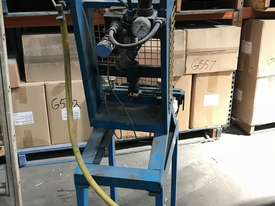 Pneumatic press - picture2' - Click to enlarge