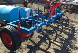 John Berends 9 tyne Chisel Plough/Rippers Tillage Equip