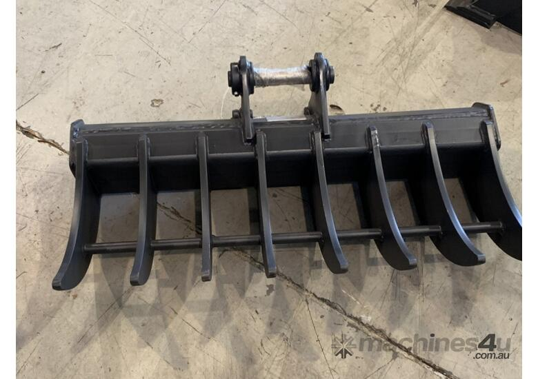 ROO ATTACHMENTS - STICK RAKE 1000MM WIDE TO SUIT 2.8 TO 3 TO 3.5 TON EXCAVATOR