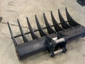 ROO ATTACHMENTS - STICK RAKE 1000MM WIDE TO SUIT 2.8 TO 3 TO 3.5 TON EXCAVATOR - picture10' - Click to enlarge