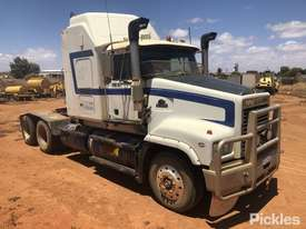 1999 Mack Trident CLS - picture0' - Click to enlarge
