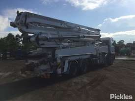 1999 Mercedes-Benz Actros 3240 - picture7' - Click to enlarge