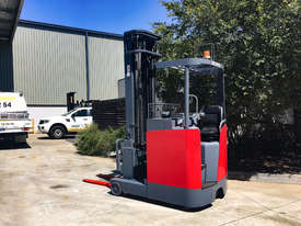 1.4T Battery Electric Sit Down Reach Truck - picture0' - Click to enlarge
