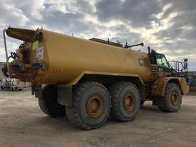 2006 CATERPILLAR  740 ARTICULATED WATER TRUCK - picture5' - Click to enlarge