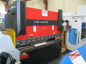CMT 2500 x 40 Ton Hydraulic Pressbrake - picture0' - Click to enlarge