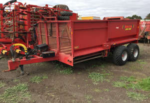 Robertson Super Comby Bale Wagon/Feedout Hay/Forage Equip