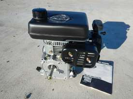 Robin EY08 2.0HP 4 Stroke Petrol Engine - picture0' - Click to enlarge