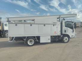 Isuzu NQR 450 - picture1' - Click to enlarge