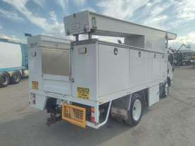 Isuzu NQR 450 - picture2' - Click to enlarge