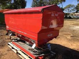 Kuhn Axera M 1102 - picture0' - Click to enlarge