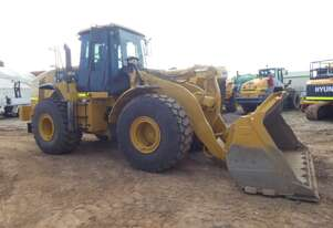 Caterpillar 966H Loader with Quick Hitch