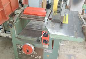 Combination woodworking machine