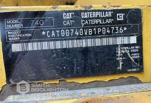 2009 CATERPILLAR 740 ARTICULATED WATER CART