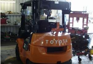 Toyota 62-7FDK25 COMPACT FLAME PROOF ZONE 1 CLASS