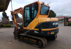 USED 2014 HYUNDAI 5.5T EXCAVATOR IN VERY GOOD COND
