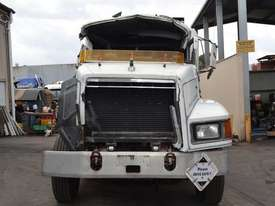 1998 MACK CH688RST - picture1' - Click to enlarge