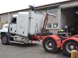 1998 MACK CH688RST - picture3' - Click to enlarge