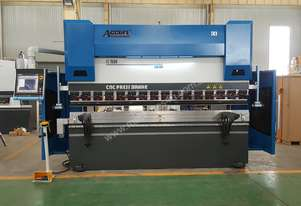 Energy Efficient 3200mm x 135Ton 5 Axis Pressbrake