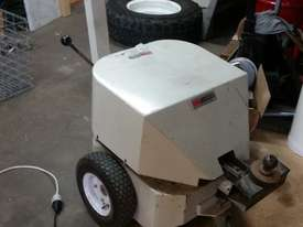 Electrodrive Industrial Vehicle Tug - towing unit - picture0' - Click to enlarge
