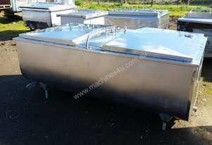 STAINLESS STEEL TANK, MILK VAT 1540 LT