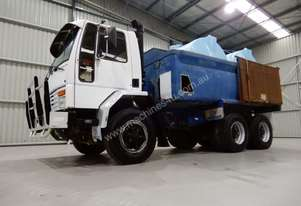 Ford Cargo 2421 Water truck Truck