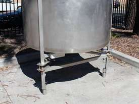 Stainless Steel Tank - picture6' - Click to enlarge