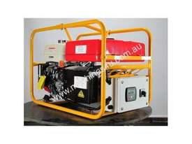 Powerlite Honda 8kVA Three Phase Generator + 2 Wire Auto Start Controller - picture15' - Click to enlarge