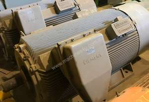 840 kw 1100 hp 4 pole 3300 volt AC Electric Motor