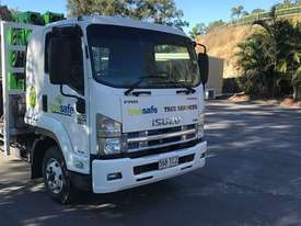 Isuzu FRR 600 Premium AMT - picture0' - Click to enlarge