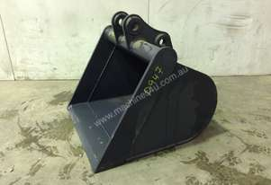 UNUSED 700MM GUMMY BUCKET TO SUIT 3-4T EXCAVATOR D947