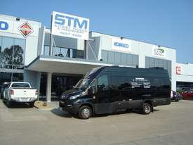Iveco Daily  Mini bus Bus - picture0' - Click to enlarge