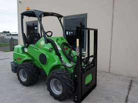 Avant 528 Wheel Loader for Beekeepers - picture11' - Click to enlarge