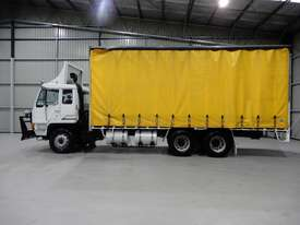 Mitsubishi FV458 Tray Truck - picture1' - Click to enlarge