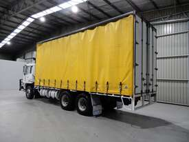 Mitsubishi FV458 Tray Truck - picture3' - Click to enlarge