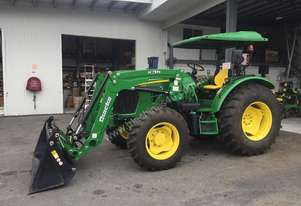 John Deere 5083E   with Loader