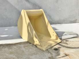 UNUSED 450MM DIGGING BUCKET TO SUIT 3-4.5T EXCAVATOR D998 - picture1' - Click to enlarge