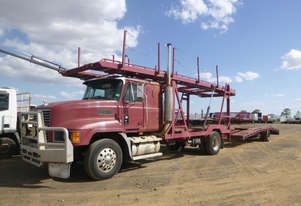 Mack VALUE-LINER Car Transporter Truck