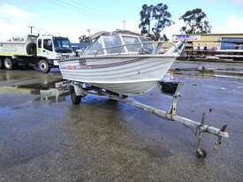 OMC Stacer 480 Single Hull Aluminium Boat - picture2' - Click to enlarge
