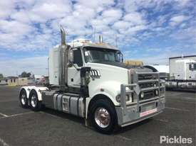 2011 Mack Trident - picture0' - Click to enlarge