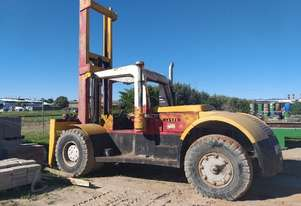 Hyster   FORKLIFT 400 A