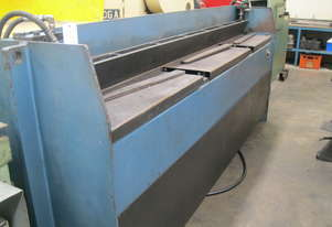 Pacific 2450mm x 2mm Hydraulic Guillotine