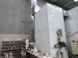 Industrial Pressurised Spray Booth with 3 Sections of Ducting  - picture2' - Click to enlarge